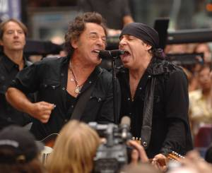 "Bruce Springsteen And The E Street Band Perform On ""Today"""